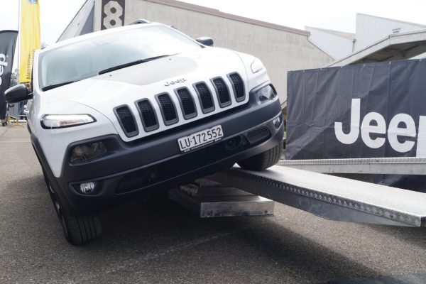jeep-2-4